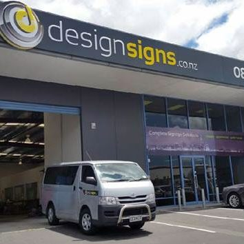 Design-Signs-Auckland-workshop-image